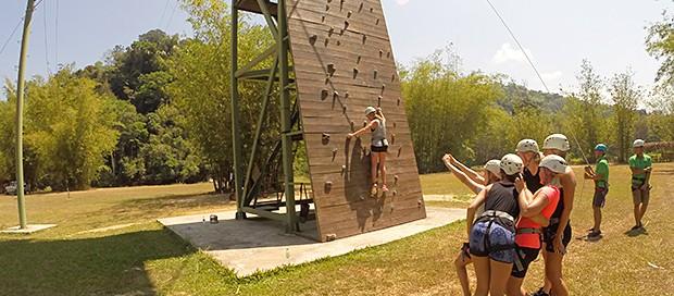 zipline, outdoor activity, adventure travel, sabah travel centre, kota kinabalu, borneo, wall climbing, abseiling, expedition borneo, downbelow marine wildlife adventures