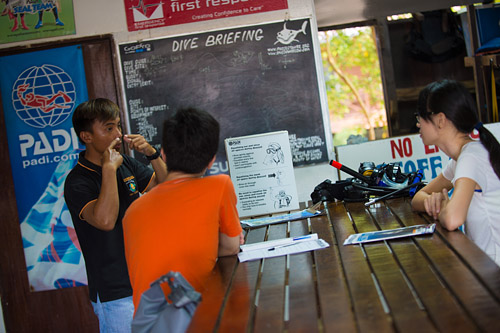 Dive Briefing DiveDownbelow