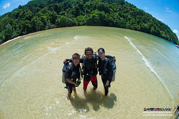 diver upgrade, scuba diving qualification, premier padi 5 star idc dive centre, downbelow marine and wildlife adventures, padi instructor, go pro, discover scuba, padi open water diver