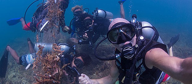 ghost net removal, marine conservation, tar marine park, tunku abdul rahman marine park, padi professional divers, project aware, scuba diving internship, pro diver, go pro team,