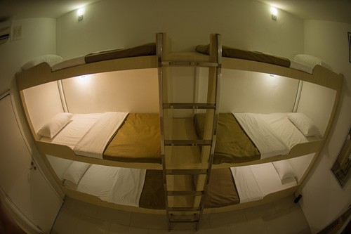 Dormitory Rooms 3 Layer Bunk Bed