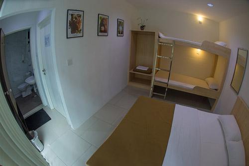 Downbelow Eco Lodge Ensuite Room