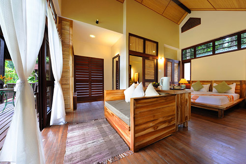 Borneo Rainforest Lodge - Deluxe River View Lodge