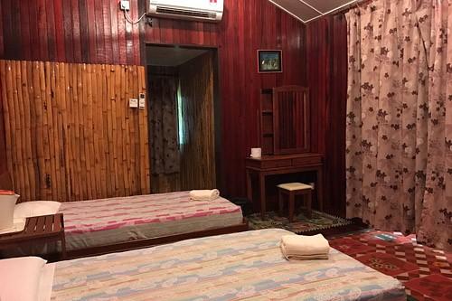 Kinabatangan River Expedition Lodge